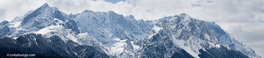 Panoramic photo: Wetterstein range in winter. Cody Duncan Photography