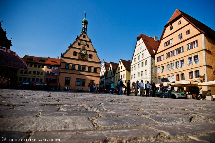 Cobble stone city square, Rothenburg ob der Tauber, Franconia, Bavaria, Germany