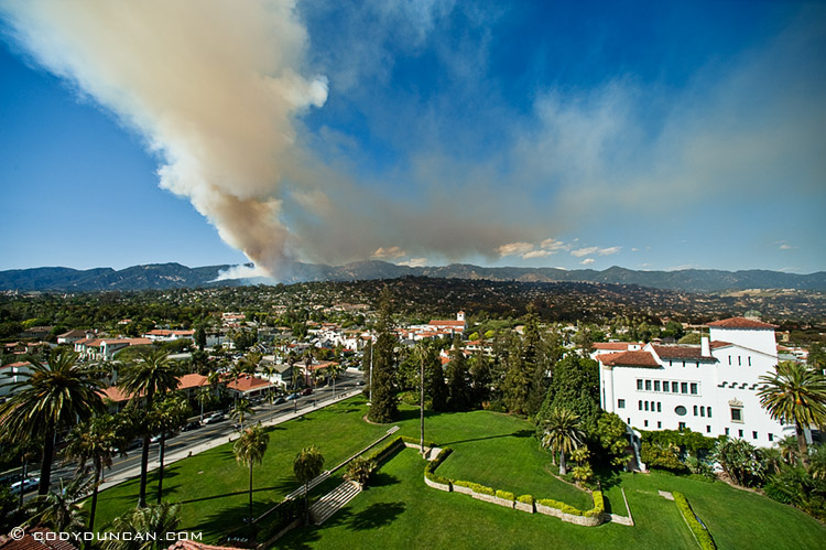 Cloud of smoke from Jesusita fire on afteroon of May 5, 2009 as seen from Santa Barbara courthouse. Cody Duncan photography