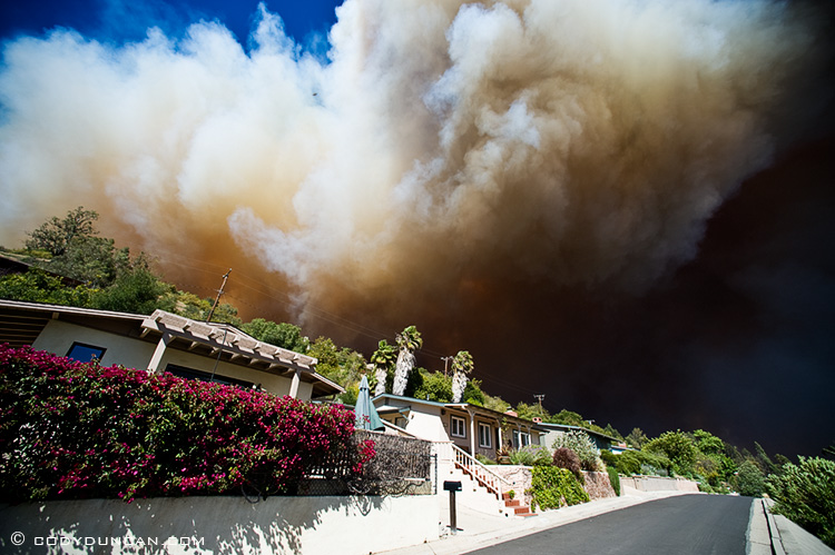 Photo of thick smoke from Jesusita fire, may 6 2009, santa barbara, california
