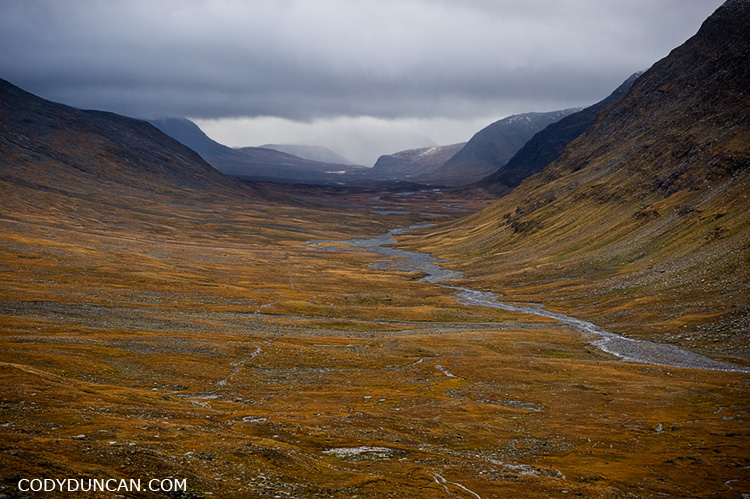 hiking the kungsleden trail in autumn info and faqs