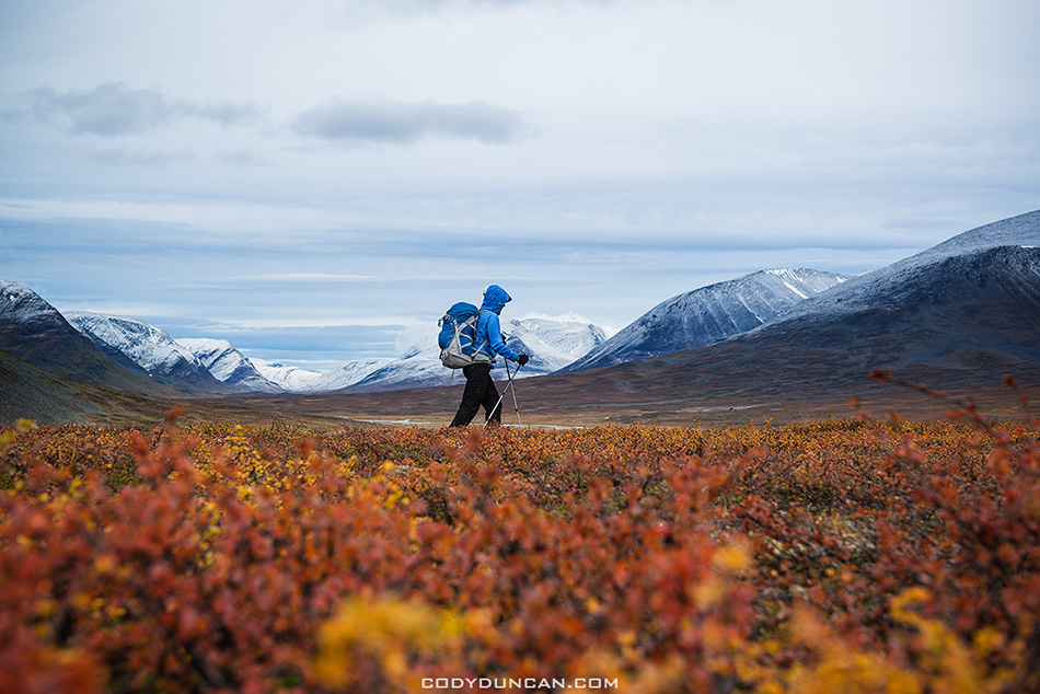 Hiking Kungsleden trail Sweden in Autumn