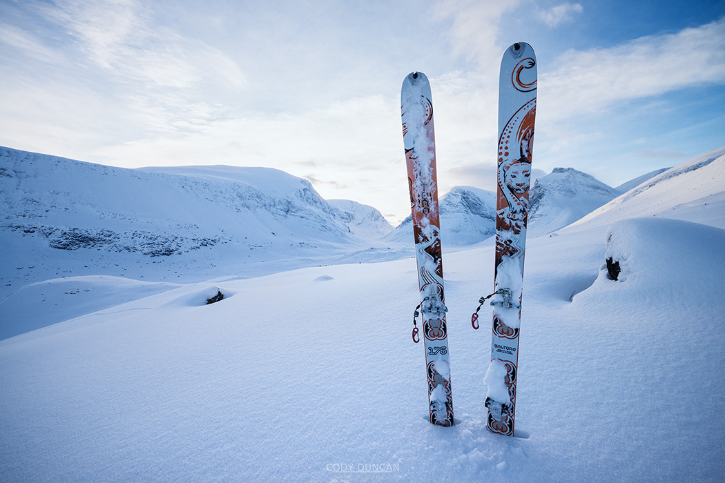 Skis and snow in the Swedish Mountains