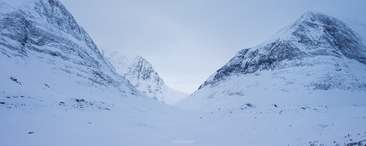 Winter panoramic view of Ladtjovagge valley viewed from near Kebnekaise Fjällstation, Lappland, Sweden
