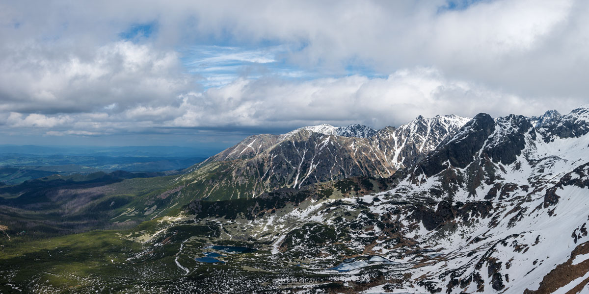 Sprintime view over Tatra mountains, from near Kasprovy Wierch (1987 m), Poland